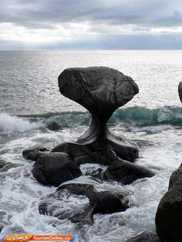 صخره قارچی