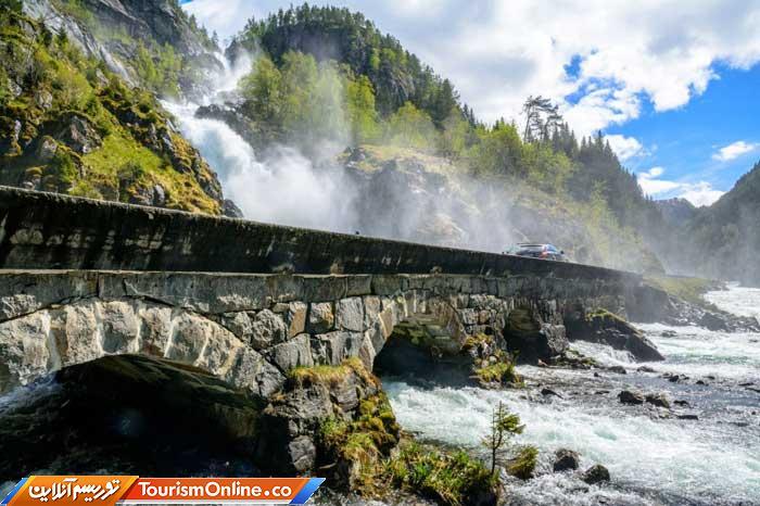 پل آبشار لوتفوس نروژ