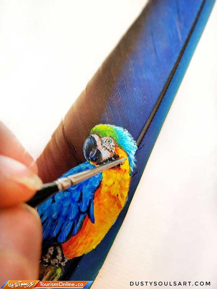 نقاشی روی پر