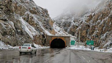 بارش برف در جاده