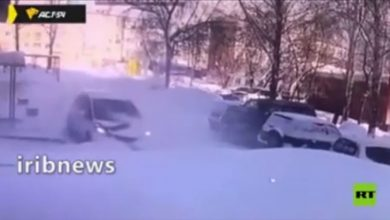 سقوط یخ روی خودرو